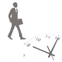 歩くビジネスマンと時計